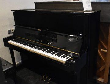 Yamaha U1 €2995,-
