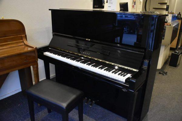 Yamaha U3 Piano Als Nieuw - VERKOCHT!