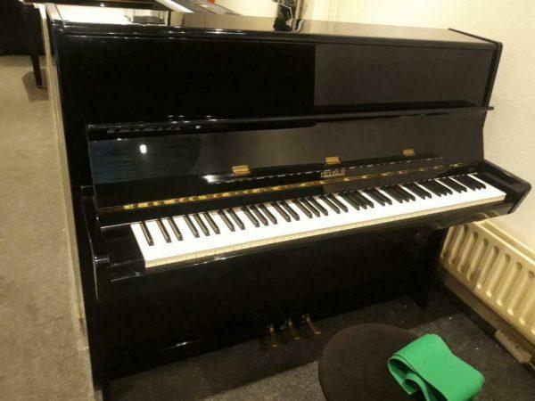 Petrov 115 CM Piano Zwart Hoogglans - in goede staat